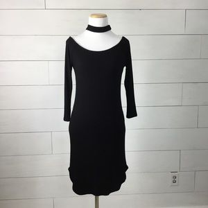 Heart Hips black ribbed dress with choker detail